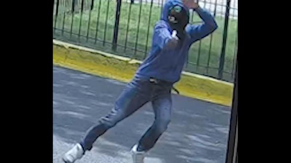 Video shows gunman open fire on Southeast DC street