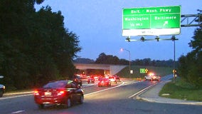 1 dead in crash on Baltimore-Washington Parkway; US Park Police helicopter stranded in fog