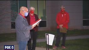 Loudoun County teachers rally against returning to the classroom