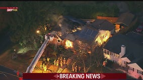 Montgomery County firefighters battle Silver Spring blaze