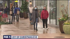 DC-area residents keep the 'holiday spirit' alive despite pandemic's presence
