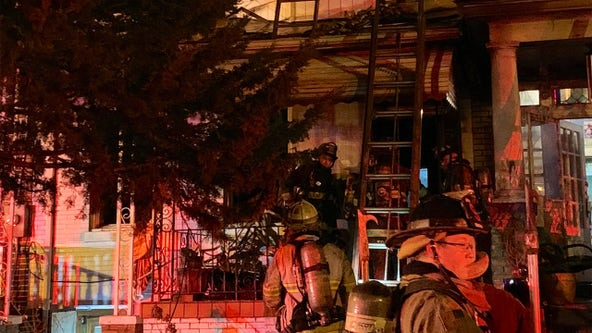 2 dead in early morning fire in Northwest DC