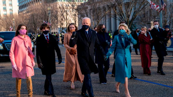 Small groups of tourists journey to DC to watch inauguration of Biden, Harris