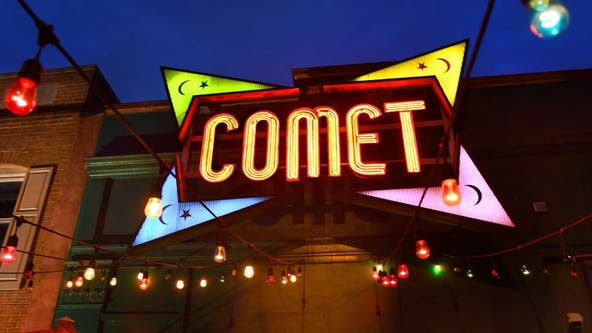 Comet Ping Pong patrons chase off conspiracy theorist picketers by blasting RuPaul, dancing
