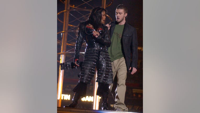 Janet Jackson speaks out for first time following Justin ...