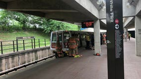 Person pinned under Metro train transported to hospital