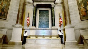 National Archives' racism task force says own Rotunda example of 'structural racism,' knocks Founding Fathers