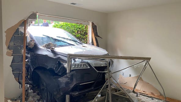 Driver injured after car slams into building in Montgomery County