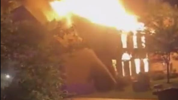 Lightning strike likely caused 2 alarm fire that destroyed home in Damascus