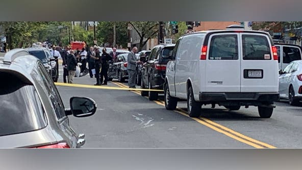 2 deputy U.S. Marshals injured while attempting to arrest suspect