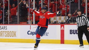 Alex Ovechkin moves into 5th place on NHL goals list as Capitals beat Rangers 5-1 in opener