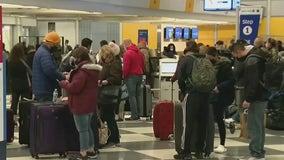 COVID-19 vaccine mandates won't impact holiday travel, White House task force says