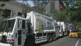 East Village residents complain over odor from sanitation trucks