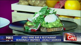 Good Day Cafe: Atrio