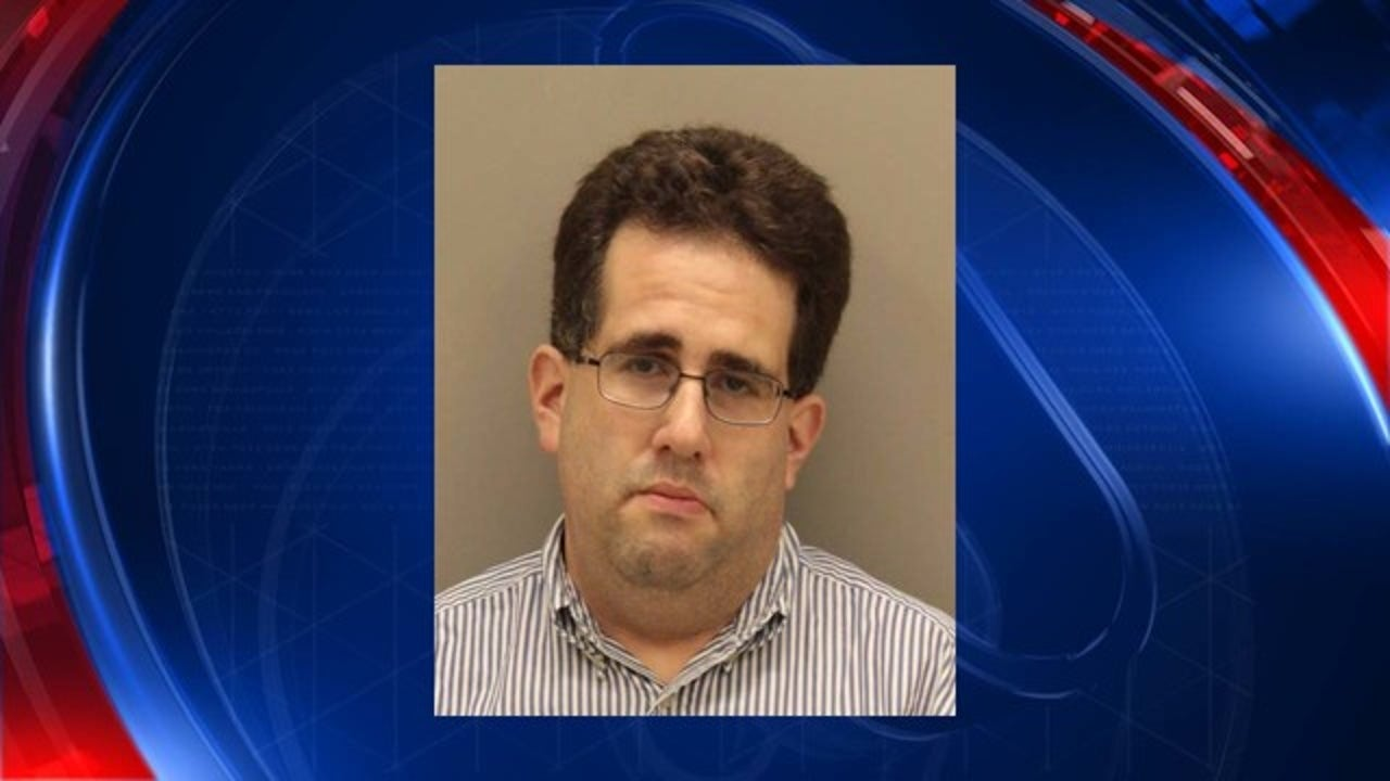 Police: Substitute teacher arrested after starting a