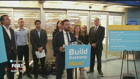 Transportation advocates rally to highlight lack of action on Gateway Tunnel Project