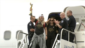 U.S. Women's World Cup champs arrive in New York for parade