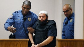 New York bomber convicted in shootout with New Jersey police