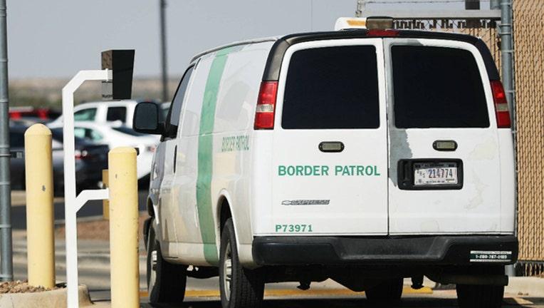 a444ede9-GETTY border patrol customs agents_1563490964491.jpg-404023.jpg