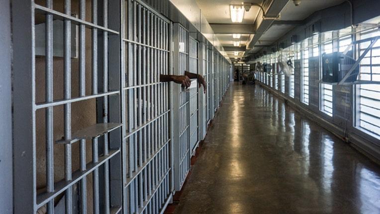 d34db891-prison bars getty 894670818_1566484859829-401385