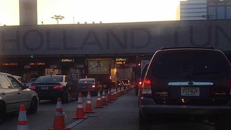 Holland Tunnel, FILE