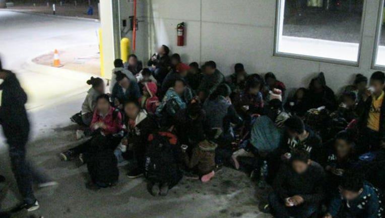 0fbfc885-MigrantsArrested_webCrop_1564618860659.jpg