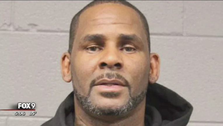 f85446ba-R__Kelly_charged_with_sexual_misconduct__0_20190805223024-409162
