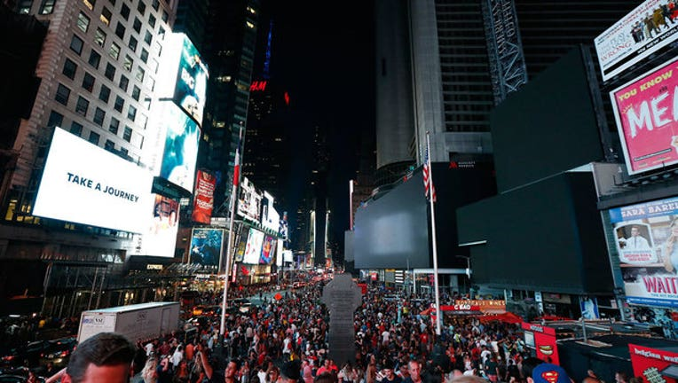 TimesSquareBlackout_1563119716642.jpg