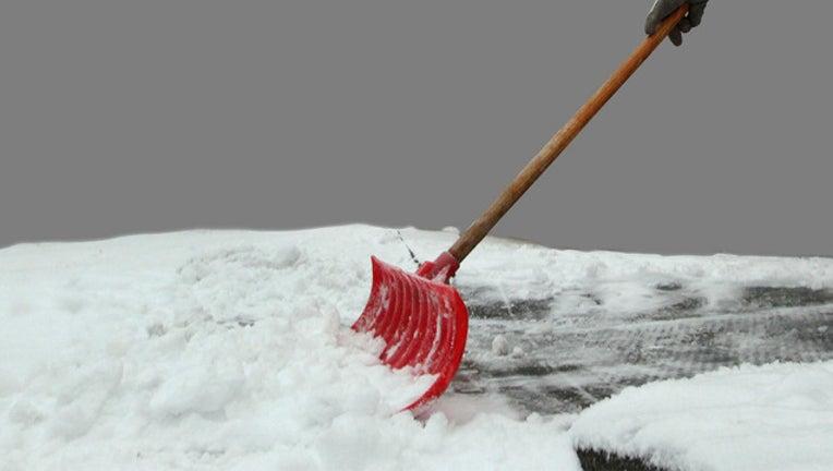 shoveling-parking-brawl_1489680703157.jpg