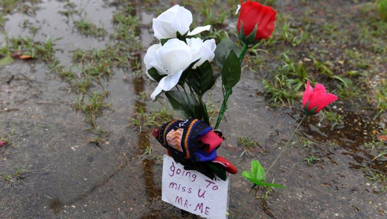 036a5e8c-flowers-getty-wnyw_1563196144348.jpg