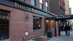 Peter Luger Steak House given zero stars in brutal review
