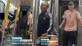 Video: Man kicks out a window on a subway car