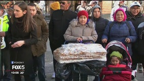 Rally in support of churro vendors