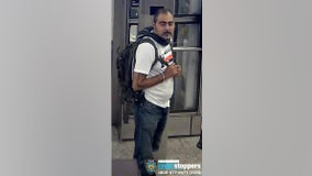 NYPD searching for UES subway flasher