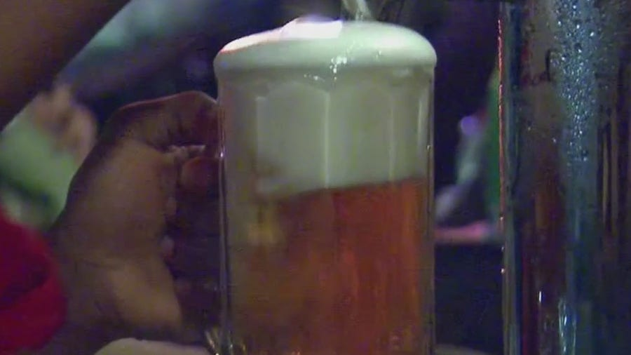 Manhattan bar doesn't offer booze