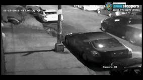 NYPD searching for pair of thieves who threw 82-year-old man to the ground in Queens