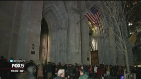 Thousands of worshippers mark Christmas Eve across New York City