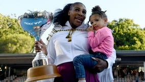 Serena Williams wins first title since daughter's birth, donates prize money to Australian fire relief