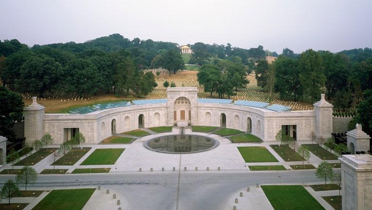 Arlington-cemetery.jpg