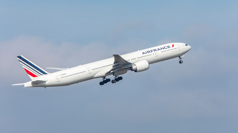 An Air France Boeing 777-300 taking off