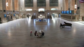 Winning couple celebrates Valentine's Day with dinner alone at Grand Central Terminal