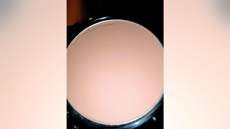 makeup-1.jpg