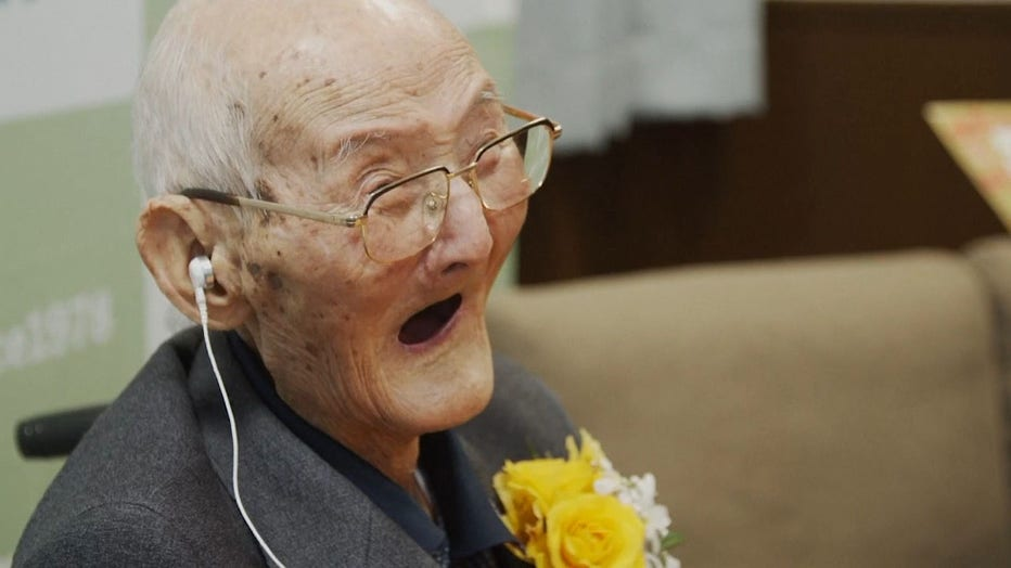 worlds-oldest-man-16x92.jpg