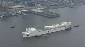 USNS Comfort sails into NY Harbor
