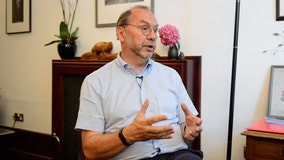 100 coronavirus questions answered by world-leading virologist Peter Piot