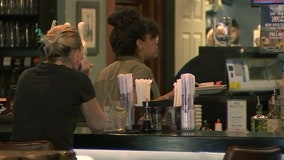 Florida closing bars, nightclubs for 30 days; issues sweeping changes for restaurants, beaches
