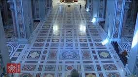 Pope Francis celebrates Palm Sunday mass without public audience