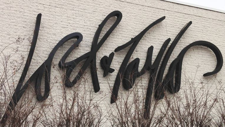Lord and Taylor store sign