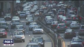 Traffic slowly returns to New York City's streets