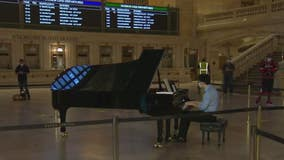 Pianists from Juilliard performing at Grand Central Terminal